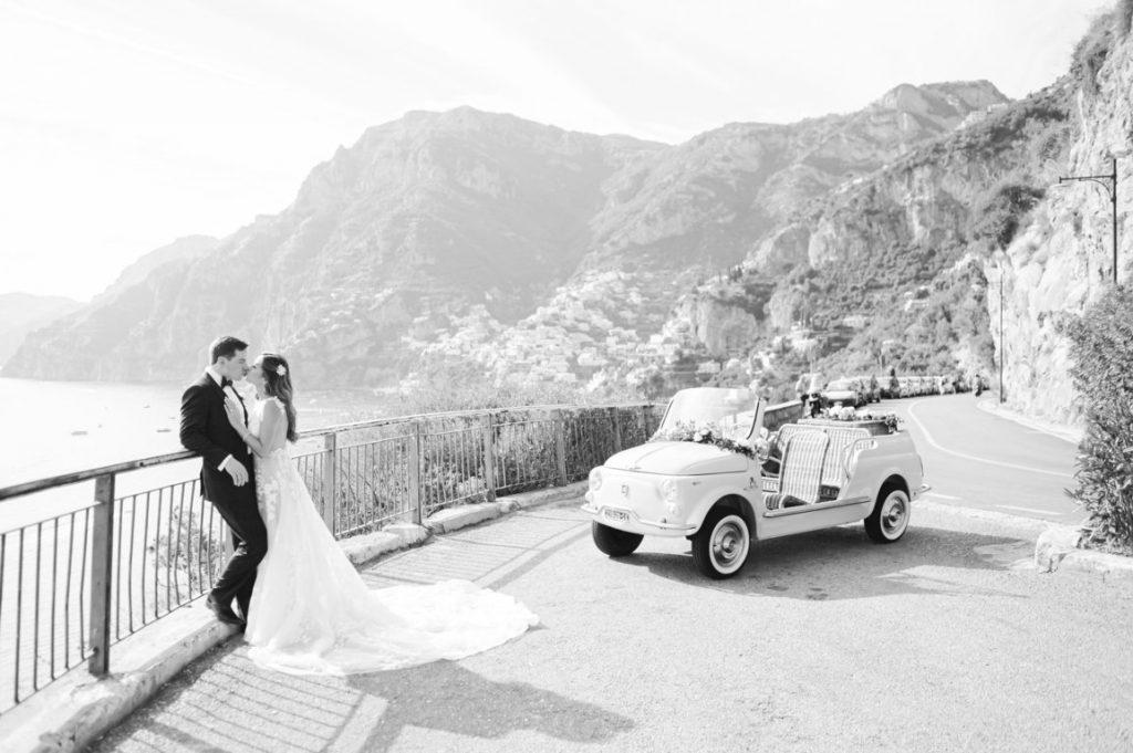 2021-06-Love-Nozze-Matrimonio-Positano-Sposi-In-Abito-con-Baci-Sul-Mare