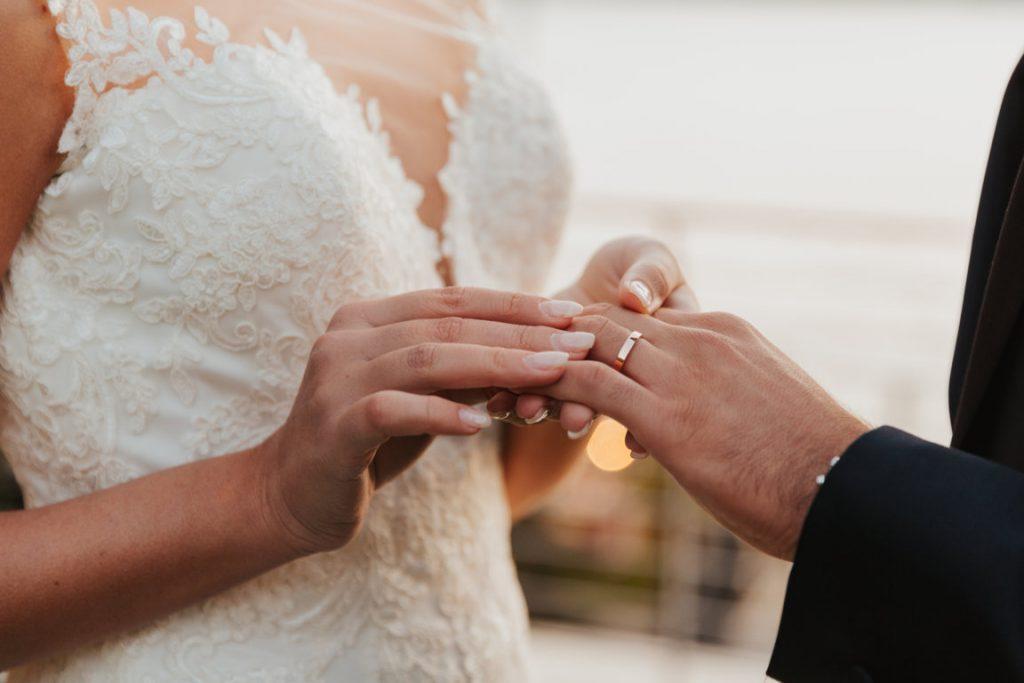 2021-06-Love-Nozze-Matrimonio-Lago-Maggiore-Fedi-Nuziali