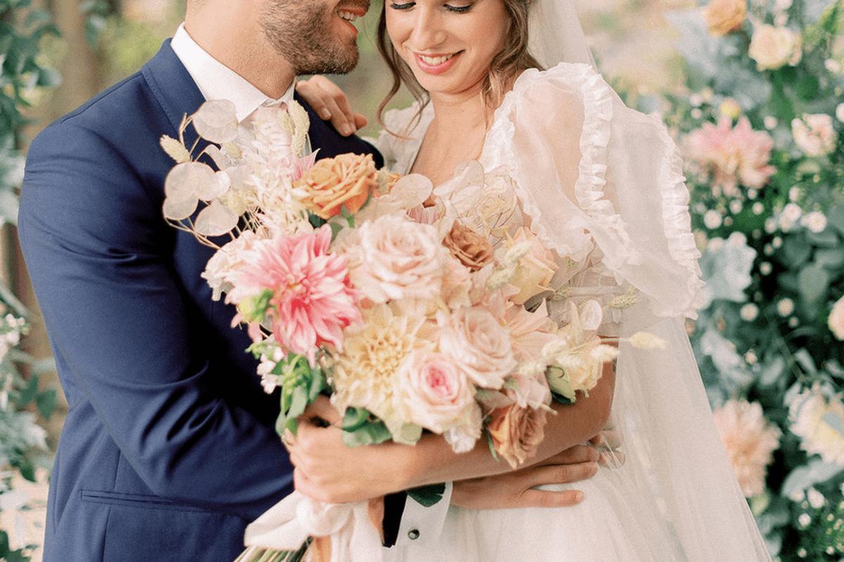 2021-09-LoveNozze-ispirazione-di-matrimonio-romantico-ed-elegante-a-Firenze